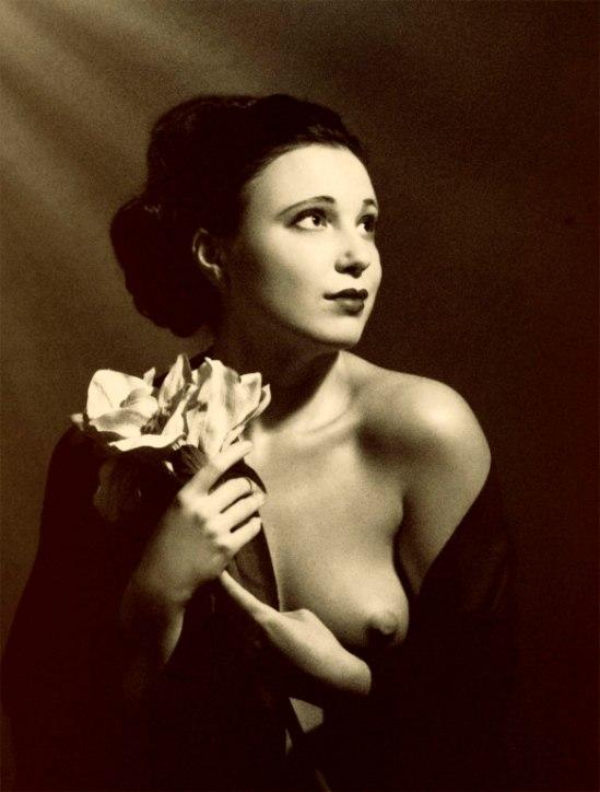 Retroatelier- You returning your portrait ... 1930 Model Olga, 2006
