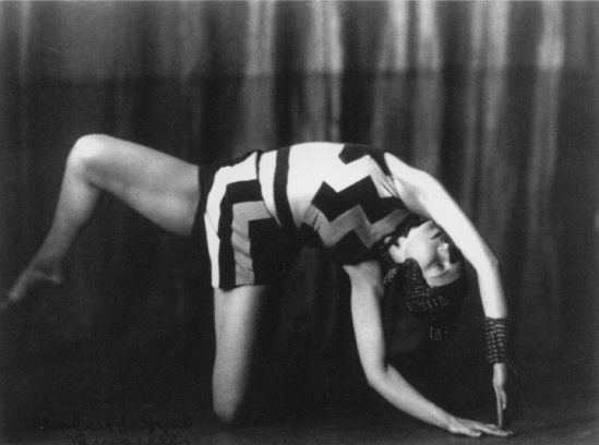 Robert de Smet - Akarova in Allegro Barbaro, 1929, in costume of her own design, corpyright Sabam Brussels