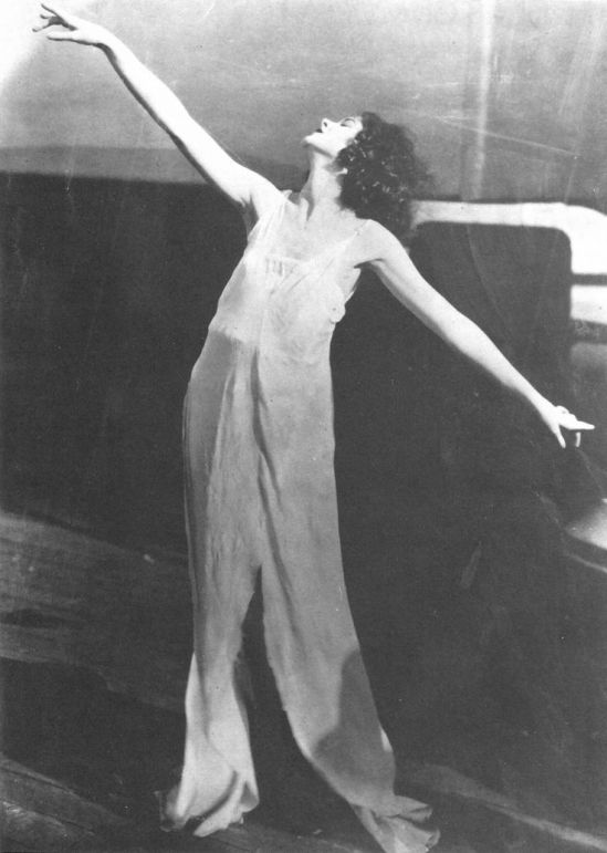 Unknown phototgrapher- Myrna Loy as a dancer, 1923