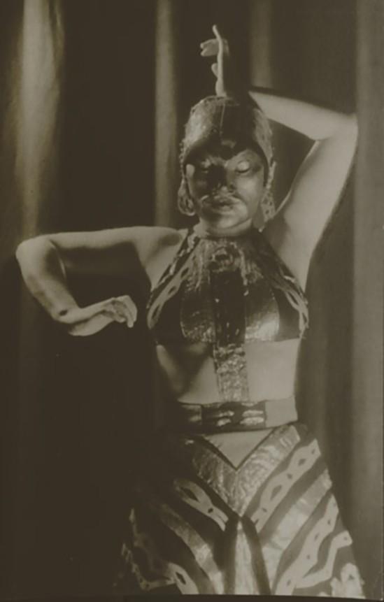 Hilde Holger, in Javanische Impression , Wien 1931. by Martin Imboden