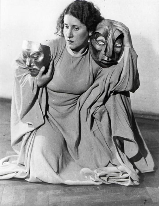 Hilde Holger , Masken , Wien 1926, by Felix Kraus