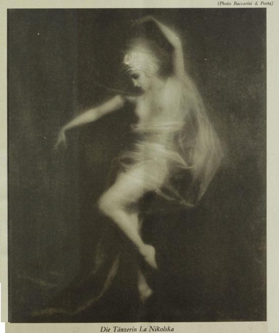 Roberto Baccarini & Angelo. O.T. Porta- Weiblicher Akt. Etwa 1935
