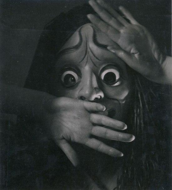 Rudolf Koppitz Hedy Pfundmayr avec le masque l'Electre de Richard Teschner 1930 Tirage argentine