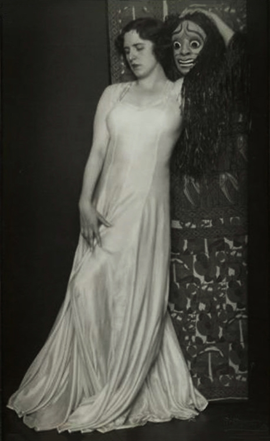 Rudolf Koppitz- The dancer Hedy Pfundmayr 1920s © Kunsthistorisches Museum Vienna