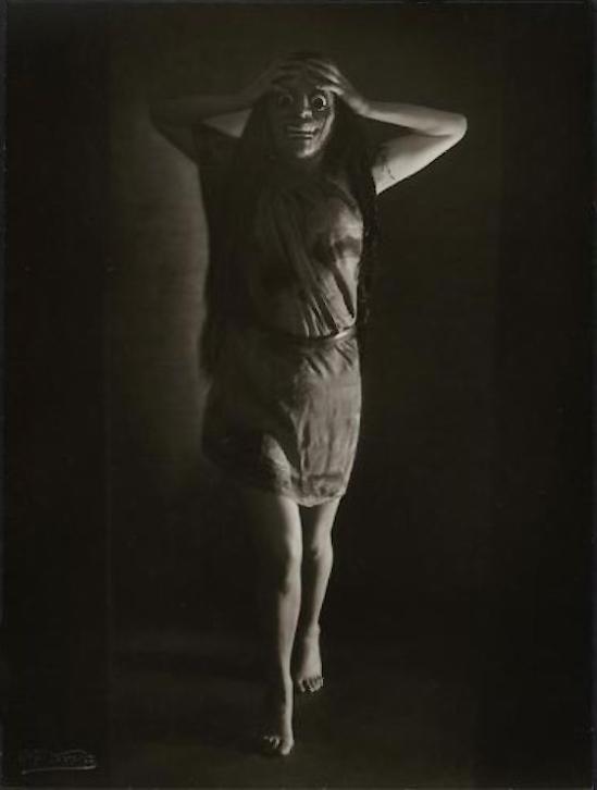 Rudolf Koppitz- The dancer Hedy Pfundmayr 1930s © Kunsthistorisches Museum Vienna