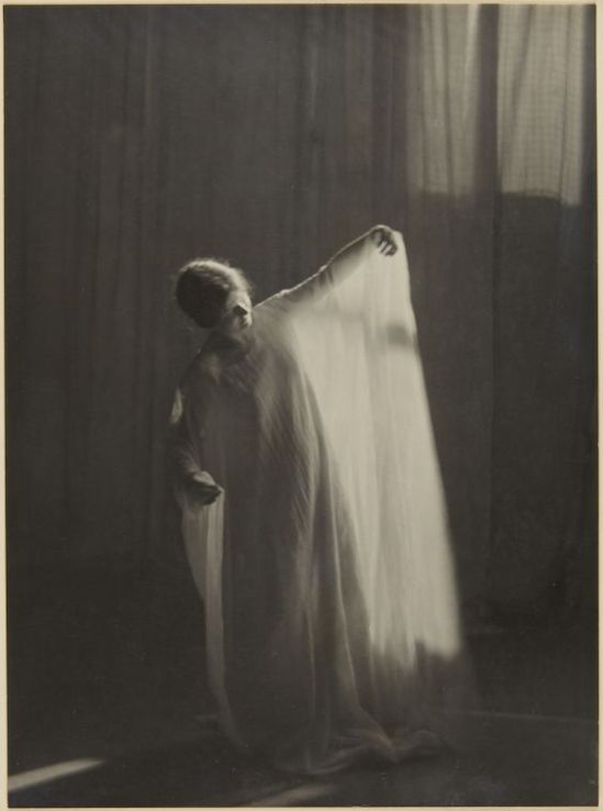 Clarence H. White- Dancers from Barnard College Greek Games, 1911