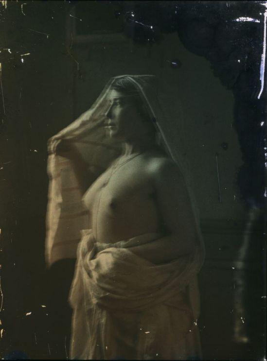 Ernest-Louis Lessieux ffemme drapé , apres 1907© Alienor.org, Le musée de l'île d'Oléron