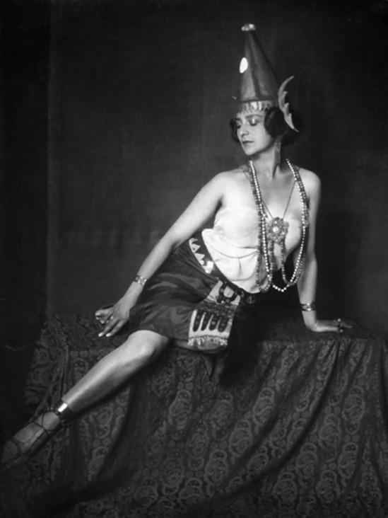 Nini & Carry Hess -,Leontine Sagan - Director, Actress, - as 'Guelnare' in the play 'Der Traum ein Leben' by Franz Grillparzer, 1925