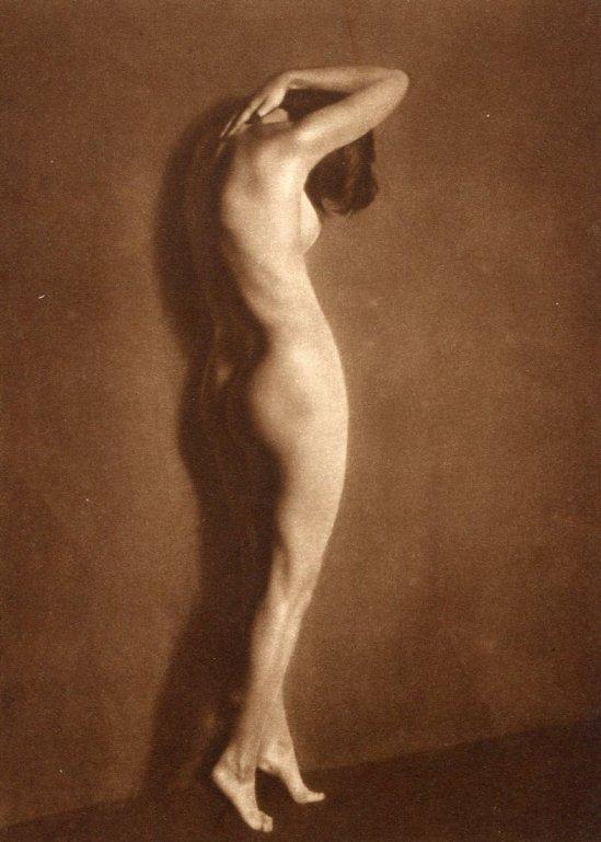 Nini & Carry Hess - Nude, Gravure printed in 1926