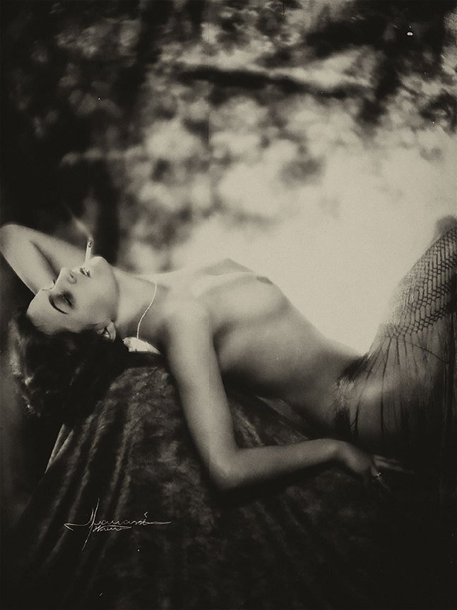 Atelier Manassé- Femme fumant, 1928